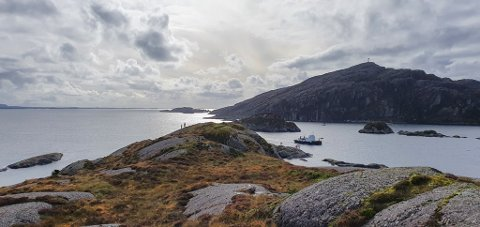 BRU: Brua skal avløyse ferjesambandet Daløy-Haldorsneset, og sikre at innbyggjarane i Solund får eit betre samband til mellom Ytre Sula og Hardbakke.