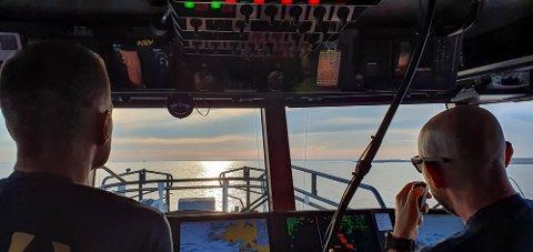 Mannskapet på redningsskøyta venter masse folk på sjøen når grensene åpnes.