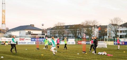 Klepp Elite starter i februar, i samarbeid med NFF Rogaland, opp et utviklingsprosjekt for jenter i alderne 13-16 år. Kanskje blir noen av deltakerne å se blant denne gjengen, som spiller for Klepps rekruttlag.