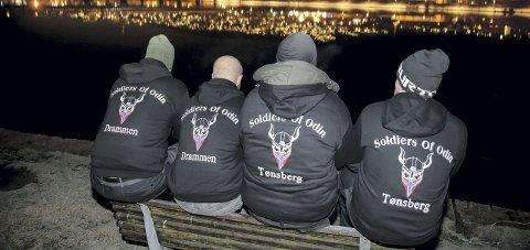 TAUSE: Odins soldater nekter å snakke med pressen, får Glåmdalen opplyst. Dette bildet er fra Drammen.