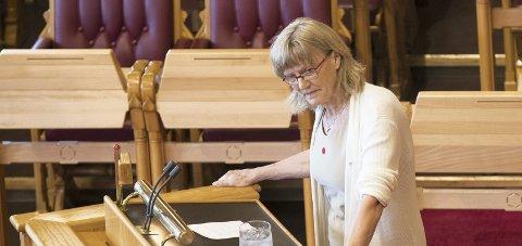 KRITISK: Svs Karin Andersen er bekymret for at aktivitetsplikt skal slå feil ut for dem som sliter fra før.Foto: Vidar Ruud / NTB scanpix