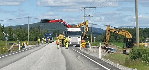 Skiftes ut: Stikkerenner skiftes ut ved fylkesvei 24, her ved Sognnabben camping.