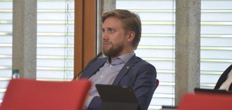 SØKER MIDLERTIDIG FRITAK: Lasse Lehre (H).