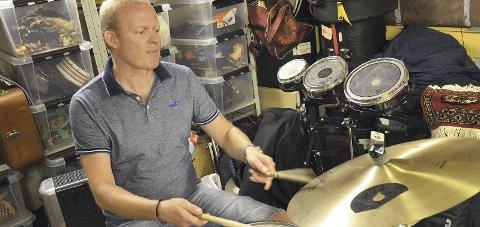 LOKAL: Hadelands egen Rolv Olav Eide spiller trommer i Icewegian.