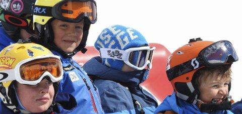Glade barn: Junior-NM i frikjøring ble arrangert for sjuende gang, lørdagens renn hadde 85 deltakere.
