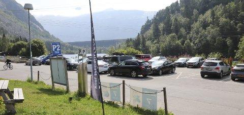 Skjeggedal: Parkeringsinntektene til Trolltunga AS kommer fra plassene i Skjeggedal og Tyssedal. Arkivfoto: Synnøve Nyheim