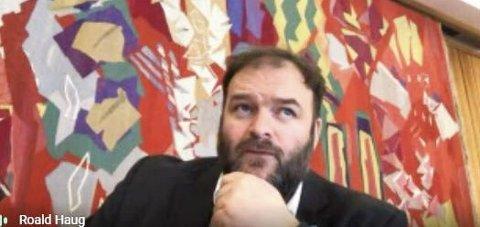 Ordførar: Roald Aga Haug (Ap) under torsdagens digitale møte i Ullensvang formannskap. Skjermdump