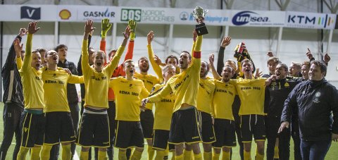 2019: Bremnes kuppet Karmøy Cup i fjor og vant finalen mot Åkra på straffer. Nå blir det ny finale i 2020.
