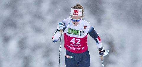 VERDENSCUPKLAR:  Karoline Simpson-Larsen under 10 kilometeren klassisk langrenn for damene på Beitostølen.