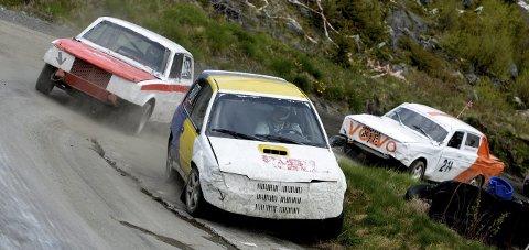 BILCROSS: Lørdag er det duket for nye og harde bilcrossoppgjør i Smådøl.