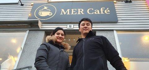 Marzia Mohammedi og Hussain Murtazaie åpner kaféen denne uka.
