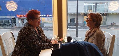 Ann Kristin Stensen og Ruth Soløy tok i bruk den nye kafeén torsdag.