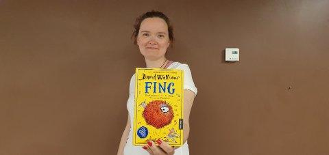 Barne- og ungdomsbibliotekar Therese Arntzen Vestnes på Meieriet bibliotek i Vestvågøy gir Lofot-Tidendes unge lesere lesetips hver uke i hele sommer. I uke 32 er det Fing.