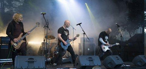 FLESK & FLØYEL: Spiller tradisjonen tro opp på Rock Høyenhall også i jubileumsåret. Her fra fjorårets konsert. Foto: Karen Gjetrang Karen Gjetrang