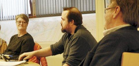 Kjem godt ut: Økonomisjef Frank Vangen hadde gode nyheiter til formannskapet