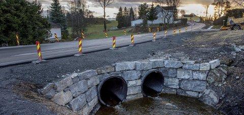 FLOMSIKKERT: Større stikkrenner sikrer mot økt nedbør og flom i Potteridalen i Kolbu. foto: brynjer eidstuen