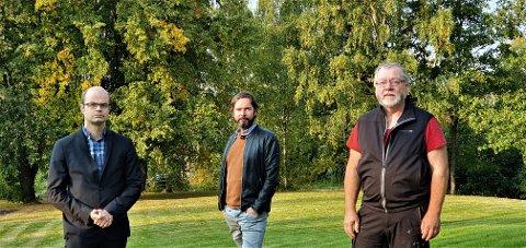 – SI ET TALL: Hans Olav Lahlum (SV), Sigmund Hagen (Ap) og Finn Olav Rolijordet (R) er ikke fornøyde med ordførerens flyktningsvar.