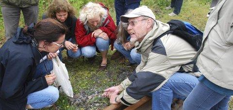 Tore Gjelsås er eksperten når det inviteres til tur i Moutmarka. Dette bildet er fra en annen seanse.