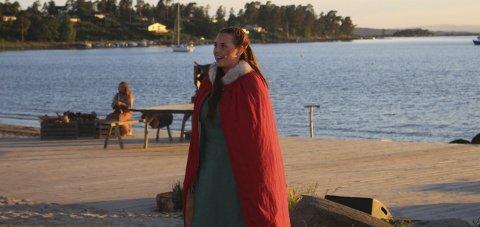 GOD: Charlotte Baasland i rollen som Solveig Asbjørnsdatter i Nesjarspelet.