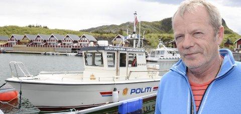 – Blir det ikke slutt på at hunder jager sau, må vi opprette straffesaker mot eierne, sier lensmann Kjell Ivar Vestå.