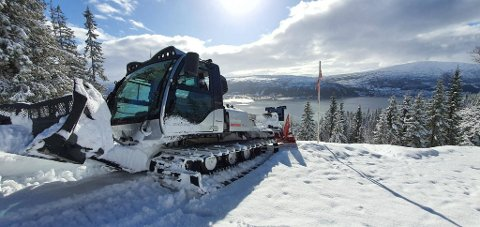 B&Y IL tar sikte på å preparere løypene i og rundt Skillevollen og på Båsmofjellet også de to kommende ukene. Foto: Yngve Larsen