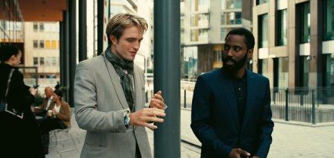 TENET I OSLO: Robert Pattinson og John David Washington er her på Tjuvholmen, fra traileren til filmen som mange er svært spente på.