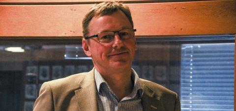 UTSETTE: Ordførar Jon Rikard Kleven (Sp) fremja utsetjingsforslaget og møtte ingen motstand på det. FOTO: INGEBJØRG BØ