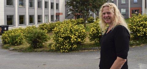 BEKYMRET: Rektor Live Hokstad og resten av de ansatte på Toten folkehøgskole frykter for skolens fremtid. ARKIV