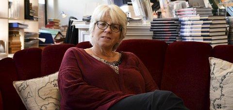 Vil samarbeide: Solveig Røvik håper på et samarbedi med den nye Bokbyen Tvedestrand fremover.  Foto: Siri Fossing