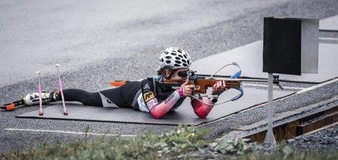 Emilie Ågheim Kalkenberg ble litt for ivrig i orienteringsløpet hun deltok i. Det kunne endt med at hun hadde gått glipp av helgas NM i rulleskiskyting. Foto: Privat