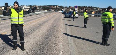 Politiet gjennomførte promillekontroll på Nordsundbrua lørdag formiddag.