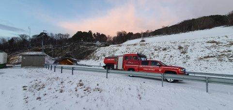 Utrykning etter melding om røykutvikling i  Freifjordtunnelen.