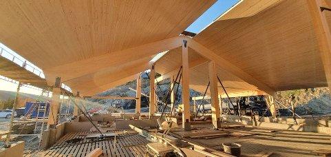 STORT PROSJEKT: Fjøset på Nordtorp i Øystre Slidre er et eksempel på hva som kan bygges av massivtre.