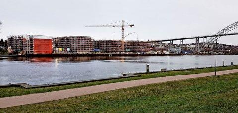 Bellevue brygge er ett av flere nye byggeprosjekter som nå er i ferd med å ta form i Fredrikstad sentrum. I årene fremover skal det bygges ytterligere 6.773 nye boliger i Fredrikstad.