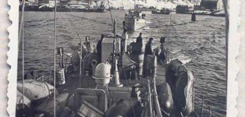 Krigen: Tyske krigsskip i Svolvær. Foto: Udatert