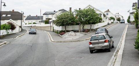Eidgata, til høyre, blir for en periode enveiskjørt opp Langestrand, mens Øvre Damsbakken, til venstre, blir enveiskjørt nedover Langestrand. Trolig blir det mye trafikk på disse veiene en drøy uke framover.