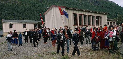 Fint besøk: I 2004 besøkte kronprins Håkon både Musken og Musken skole. Over nyttår blir skolen lagt ut for salg til en særdeles rimelig pris.