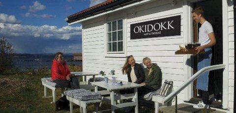 ÅPNER Kafé: Ekteparet ser for seg at deres nye kafé på Jomfruland blir et hyggelig lite sted.