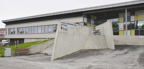 Idrettslinja ved Fauske videregående skal bestå, mener utdanningskomiteen.