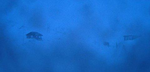 STENGT: Slik ser det ut på Sognefjellet måndag morgon.