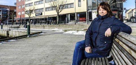 NY KOMMUNEOVERLEGE: Kjersti Gjøsund tar over etter Halvard Bø og blir byens nye kommuneoverlege.