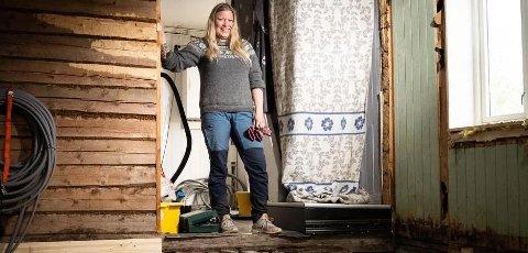 Mariann Kristiansen fant en gravplass under soveromsgulvet. Mariann Kristiansen fant en gravplass under soveromsgulvet. Foto: Preben Hunstad