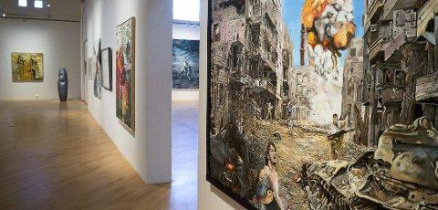 NOVEMBERUTSTILLING: Onsdag åpnet Novemberutstillingen i Drammen. Åtte lokale kunstnere er med.
