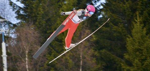 Godt over skia: Karoline Bjerke Skatvedt har hatt stor framgang i hoppingen denne sesongen.