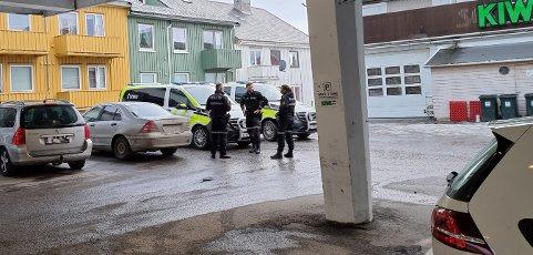 Kristiansunderens bil ble avskiltet da han ble stoppet av politiet på Rensvik rundt midnatt. Tirsdag ettermiddag dukket den skiltløse bilen opp på parkeringsplassen ved Kiwi i Langveien. Da ble det besluttet å beslaglegge bilen.