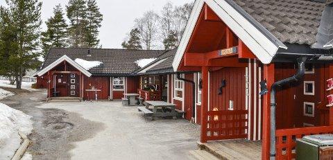 FÅR UTVIDE: Kommunestyret i Sigdal vedtok torsdag kveld at en kommunal bolig skal bygges om, for å øke kapasiteten ved Prestfoss barnehage.