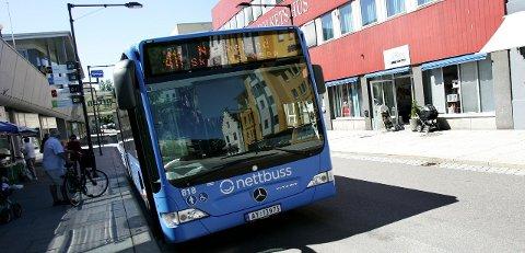 Enklere: Det blir nå enda enklere å kjøpe billett på bussen med den nye billett-appen.