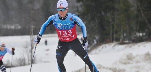 På pallen: Simen Sveen tok tredje plass under søndagens renn i norgescupen. .