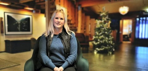 STENGT HOTELL: Anette Sveinsson er konstituert direktør på Gaustablikk høyfjellshotell. Nå har hun måttet permittere 80 ansatte.