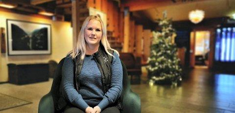 TØFF BESKJED: Fungerende daglig leder ved Gaustablikk Høyfjellshotell Anette Sveinsson ga i dag sine medarbeidere  beskjed om at arbeidsplasser i bedriften skal kuttes.